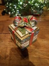 Fitz and Floyd Enchanted Holiday Small Lidded Ceramic Box