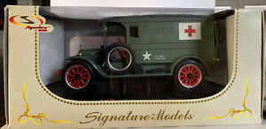 Signature Series 1920 White Van US Army Medic 1/32 Scale Diecast NIB