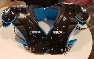 Sports Unlim Men's Extra  Large Gridiron shoulder pads Generic with back plate