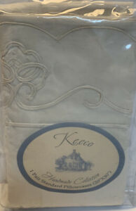 Vintage Keeco Handmade Collection Pair of Standard Pillow Cases Scalloped NEW