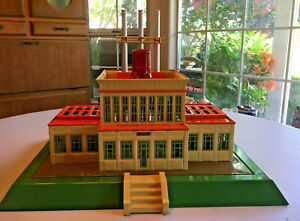 MTH Standard Gauge Tinplate #840 Cream/Orange Powerhouse Power Station