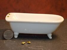 Dollhouse Miniature Ceramic Bath Tub  BROKEN FAUCETS  1:12  one inch scale G21