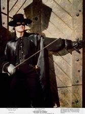 Guy Williams  - Zorro  (1960)  -  8 1/2 X 11