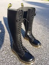 Dr Martens 20 Eye Zip Boots Black Leather