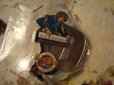 LAS VEGAS LETTER D KEYBOARD PLAYER MUSICIANS 30 YEARS HARD ROCK CAFE PIN