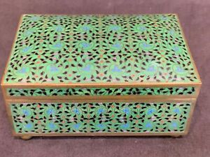 """antique Chinese Qing finely detailed cloisonné box wood interior 2.5x5.25x3.5"""""""