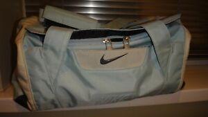 Nike Blue Sports Bag Duffle Holdall Medium
