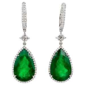 18.90 CT Pear Cut Green Emerald & White CZ Women's Fantastic Earrings In 925 SS