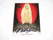 2015 Benchwarmer Signature Series MADELYN BRINSON Red Back Autograph UJENA model