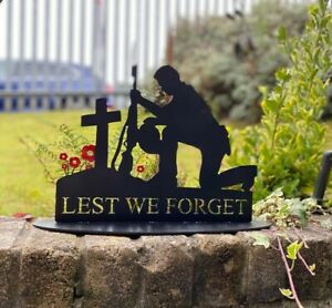 Metal Soldier Silhouette - 'Kneeling Lest We Forget'- Special Edition
