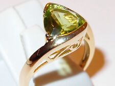 AA Peridot 2.50ct twist solitaire in yellow gold overlay Sterling Silver, Size O