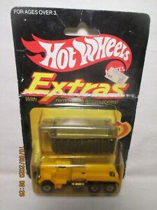 """1983 HOT WHEELS  """" PETERBILT DUMP TRUCK""""""""  (EXTRAS-SERIES)  MINT ON CARD"""