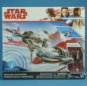 STAR WAR THE LAST JEDI SKI SPEEDER (B WING LIKE CRAFT)MIB wit POE DAMERON FIGURE