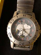 More details for peanuts boxed snoopy roller skating analogue watch metal strap opex schultz