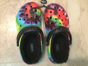 New Crocs Tie Dye Black Bous Girls Unisex Lined Clog Shoes w4/m2 red blue green