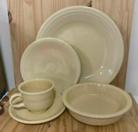 Homer Laughlin HLC Fiestaware Fiesta Ivory 5 Piece Place Setting NEW!