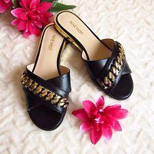 NINE WEST Sandalias planas color negro detalles dorados. Talla 38 Nuevas.