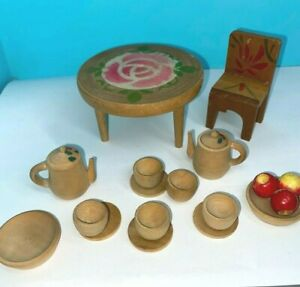 VINTAGE DOLLSHOUSE  MINIATURE  ROUND TABLE WITH CHAIR AND WOODEN TEASET