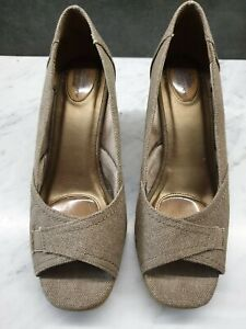 LIFE STRIDE Womens Fabric Wedge Heel Shoes Sandals Size US10W tan brown