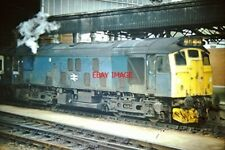 PHOTO  BR CLASS 25 NO 25 039 EX D5189 AT BRISTOL TEMPLE MEADS ON A TAUNTON - CAR