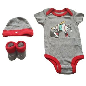 3 Piece Nike Baby Boys Gift Set, Size 0-6 Months, Booties Hat, Gray Baseball B27