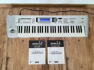 KORG TRITON LE 61 Workstation Synthesizer. Excellent condition.