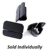 Genuine Volvo Radiator Support Splash Shield Clip 9182822