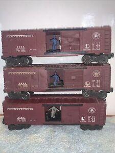 THREE NICE RUNNERS Postwar Lionel 3484 Pennsylvania Operating Boxcars NICE COND
