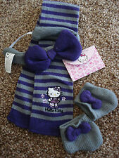 ***NEW*** HELLO KITTY BOUTIQUE WINTER ACCESSORY KIT. (BUILD A BEAR)