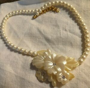 Vintage Lucite Rhinestone & Faux Pearl Flower Necklace