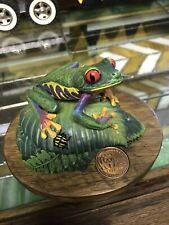 Willitts Designs Red-Eyed Tree Frog (Agalychnis Calligdryas) Sculpture 1992 Wwf
