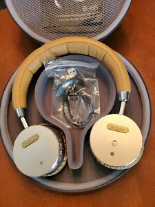 BOHM B-66 Wireless Headphones with Noise Cancellation w/Case