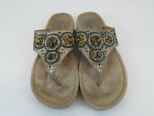 Clarks Artisan 32235 Bronze Leather Beaded Thong Sandals Women's Size 8M