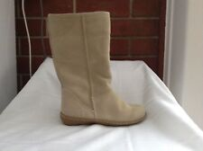 Boots - Crepe Sole Fur Lined Boots Size 4 Brand New