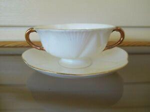 "Shelley Regency ""Dainty White"" Soup Bowl & Underplate England 1945 - 1966 Rare."