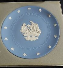 WEDGWOOD JASPER WARE AMERICAN INDEPENDENCE PLATE 'BATTLE OF CONCORD' BOXED 1976