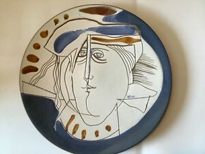 """VINTAGE 1989 SUSANA ESPINOSA POTTERY 11"""" DISH PLATE W/ FACE SIGNED"""
