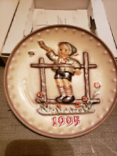 New listing Goebel M.J. Hummel Annual Plate 1995 In Bas-Relief 25th Edition In Original Box