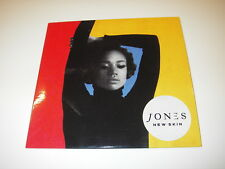 CD album promo JONES NEW SKIN   ( Hip Hop, Funk / Soul, Pop )