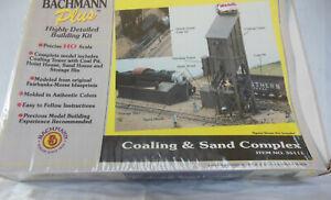 HO Bachmann Plus Coaling & Sand complex #35111