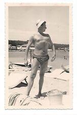 BM999 Carte Photo vintage card RPPC Homme plage beach funny muscle amusant fun
