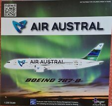 1/200 AIR AUSTRAL BOEING 787-8 DREAMLINER F-OLRC WITH STAND