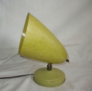 Vtg MCM LIME GREEN Atomic Bullet/Cone Fiberglass Lamp/Wall Sconce
