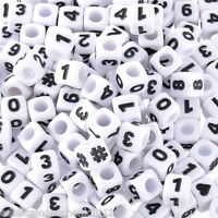 300 Weiß Acryl Zahlen & Symbol Würfel Perlen Beads Spacer 7x7mm