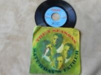 """THE FOUR SEASONS """"SATURDAY'S FATHER"""" / """"GOODBYE GIRL"""" 7"""" PICTURE SLEEVE 45 1968"""