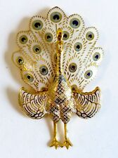 A VINTAGE 1950s GOLD TONE HINGED PEACOCK BROOCH WITH ENAMEL