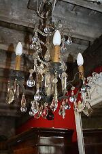 Lustre à pampilles en bronze et cristal