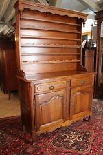 Buffet vaisselier deux corps en chêne de style Louis 15 Cabinet