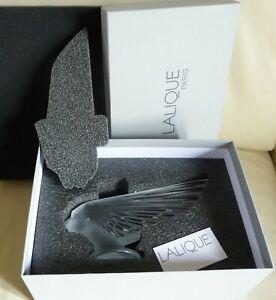 lalique victoire presse papier mascotte paper weight sculpture verre cristal art