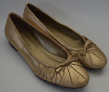 Ladies Marks & Spencer Gold Leather Bow Flats / Pumps Shoes Uk 4.5 Wider Fit £35